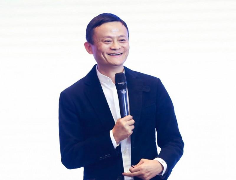 马云喊话实体经济企业家:思想落后就要被淘汰